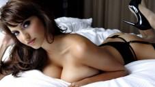 chaudasse-sexy-brune